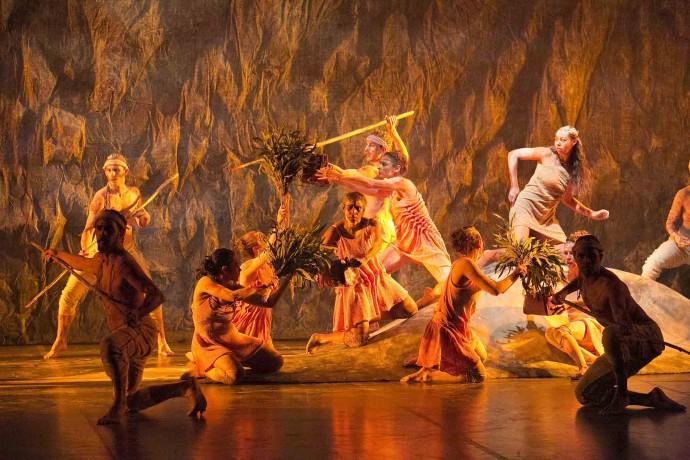 Bangarra dance ensemble - Patyegarang - Photo by Jess Bialek_LR